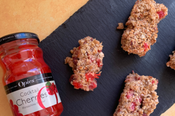 Cherry & Ginger Breakfast Bars Recipe